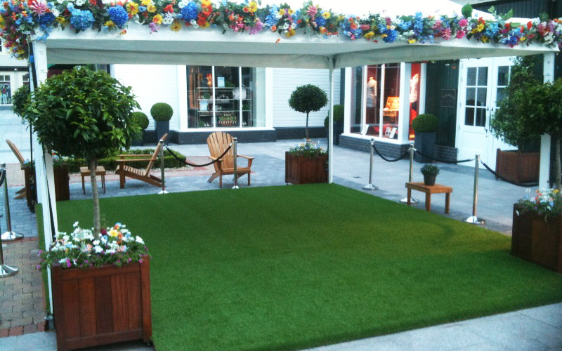 Pictures of artificial grass used in exhibitions