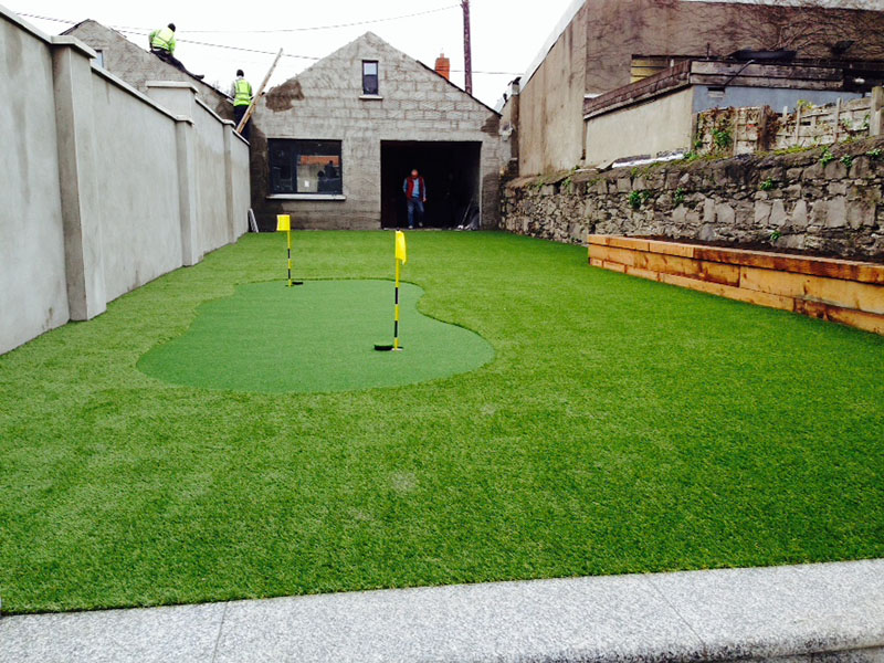 Artificial Grass garden at Waterloo Road in Ballsbridge