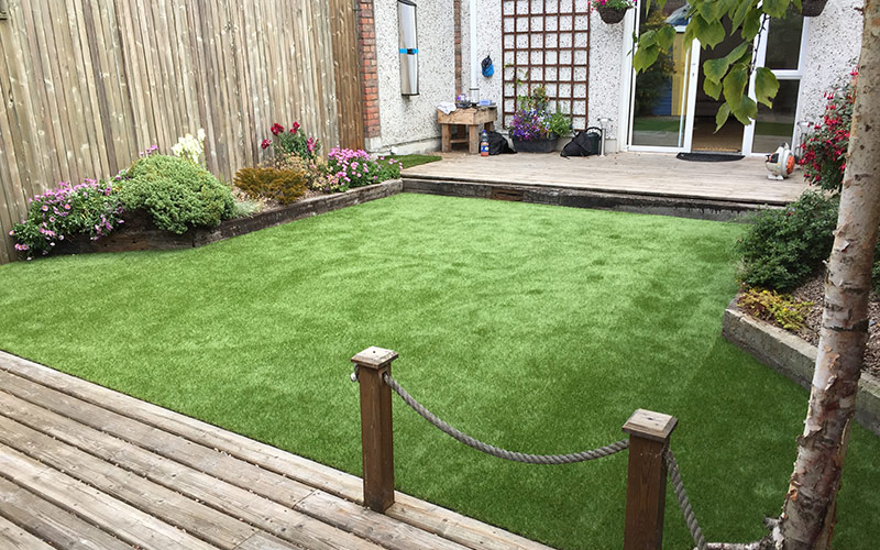 Artificial grass for small back garden for Garden design jobs ireland