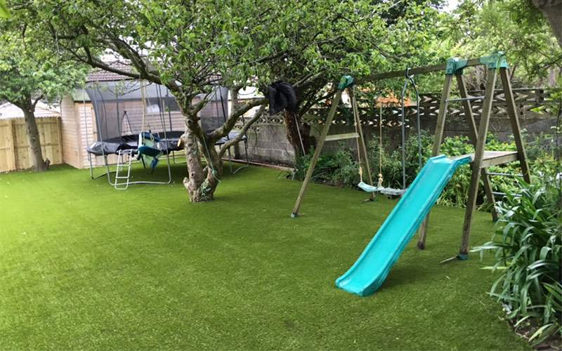 Artificial grass lawn for large family garden in Dublin - AFTER